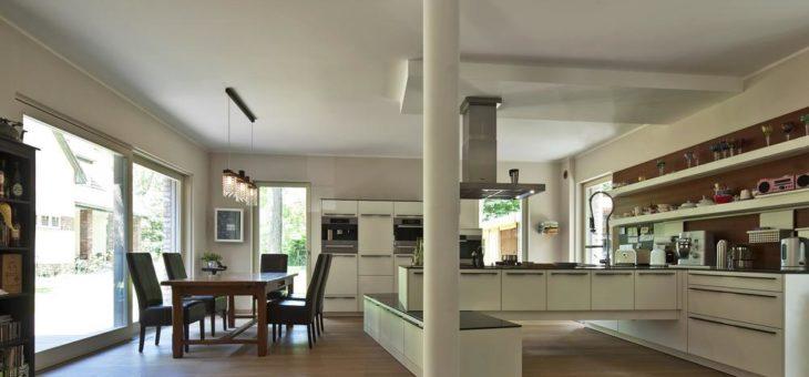 """""""Zukunft Altbau – Alte Häuser neu erleben"""": Wohngebäude mit einem klaren Plan sanieren"""