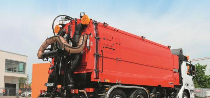 FAUN zeigt zur IFBA Spezial-Kehrmaschine VIAJET AQUATHERM