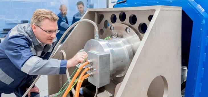 Wenn die Spannung steigt: Elektroband von thyssenkrupp ist ein wichtiger Bestandteil der Stromversorgung und der E-Mobilität