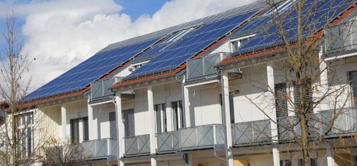 """""""Solaranlagen nur mit Dach-Fachleuten planen und montieren"""""""