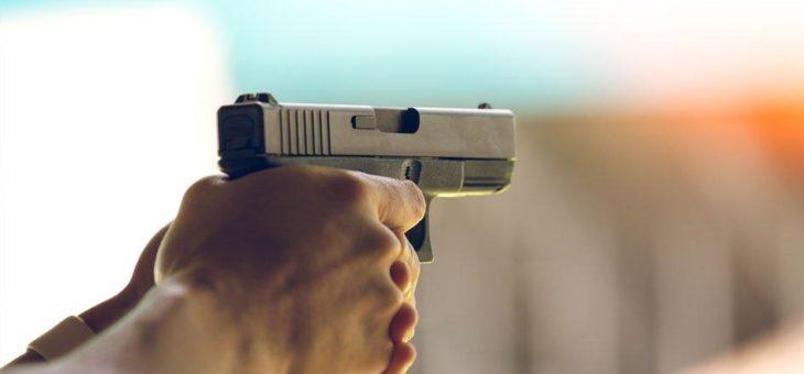 Amok-Alarm in der Schule – Sekretärin bei Überfall schwer verletzt