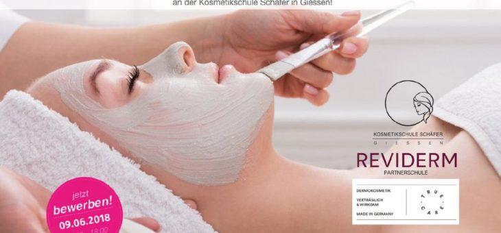 """""""Kosmetiker/in für einen Tag!"""" – schnuppern Sie in den Traumberuf Kosmetiker/in hinein! Die Kosmetikschule Schäfer hat im Juni einen """"Schuppentag"""""""