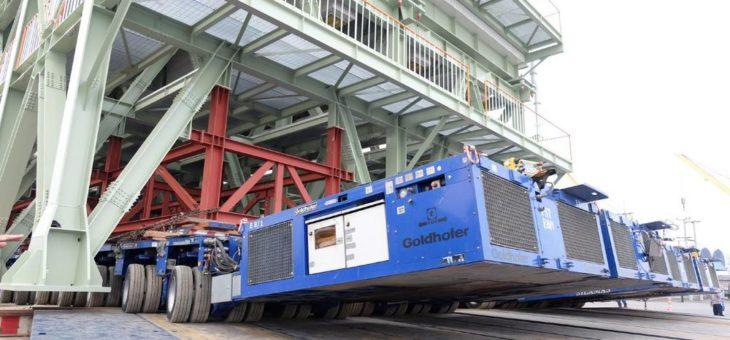 Zwei Mal 2500 Tonnen mit nur einem Operator: Silamas setzt auf Goldhofers Hydronic-System