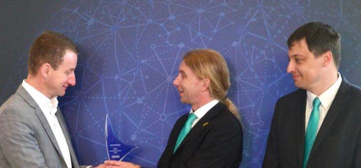 ARBURG erhält Knowledge-Award für die professionelle Nutzung AKTIVER Technologien