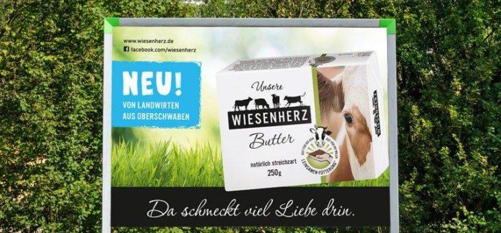 Plakatwerbung mit Wiesenherz