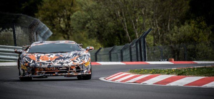 Seit 2010 stellt Pirelli jährlich einen Rundenrekord auf der Nordschleife des Nürburgrings auf