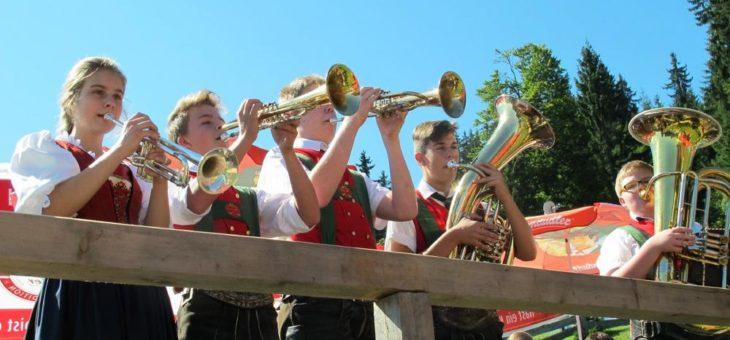 """Tiroler Tanzlmusigfest Wildschönau mit """"Franz Posch und den Innbrügglern"""", der """"Berghammer Tanzlmusi"""" und den """"Ganggalbichlern"""" auf der Hohlriederalm"""