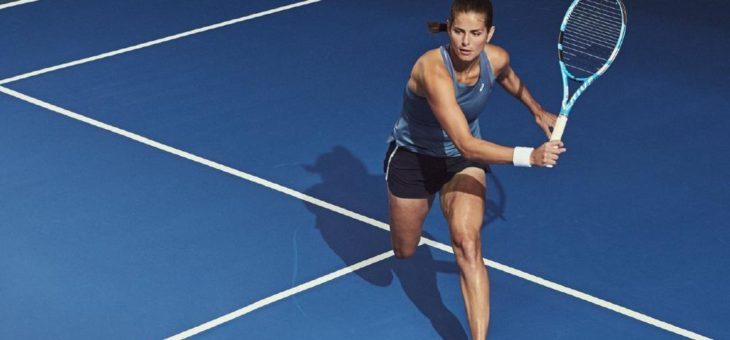 ASICS bringt den neuen GEL-SOLUTION SPEED™ FF und innovative GEL-COOL™ Tennisbekleidung auf den Platz