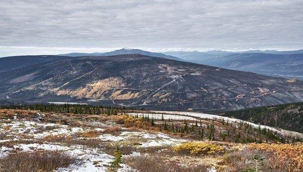 Metallic Minerals entdeckt zahlreiche neue Erzadern auf McKay Hill