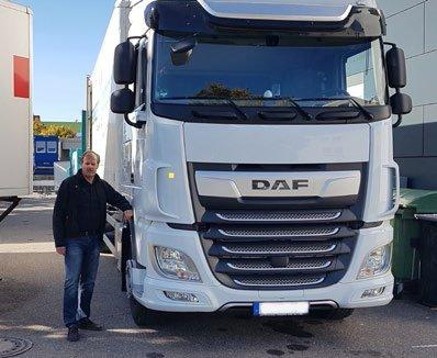 Fahrzeugingenieur Dr. Ulrich W. Schiefer zum Stand der Automobilbranche: Endlich Vorfahrt für den Fortschritt!