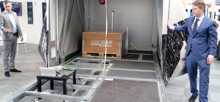 Elting und Netcap bieten Auflieger mit Schiebebügelverdeck in Schraubbauweise