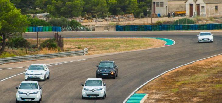 """""""eco Grand Prix"""" feiert 24-stündige Weltpremiere in der Motorsport Arena"""