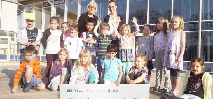 Behr's Verlag unterstützt die Grundschule Rönnkamp in Hamburg