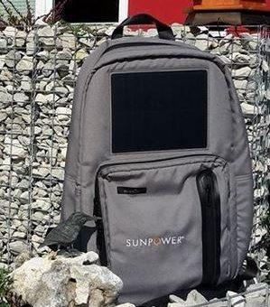 Der Solarrucksack erobert Handy und Co