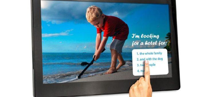 Digital Signboards von LionDATA als Informationsschilder im Holzgroßhandel
