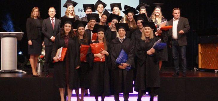 Feierliche Verabschiedung des Bachelorjahrgangs Wintersemester 2015/16
