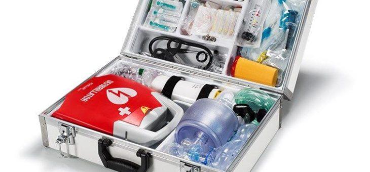 notfallkoffer.de: notfallmedizinische Grundausstattung plus Defibrillator