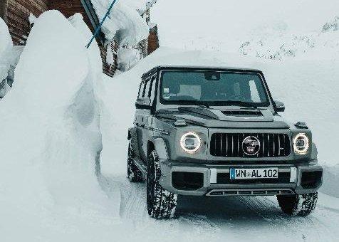 Winterfest: Lorinser stellt die neue G-Klasse auf Pirelli Scorpion Winter XL