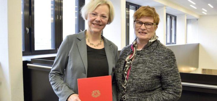 Dr. Annette Harth zur Professorin an der Fakultät Gesellschaftswissenschaften ernannt