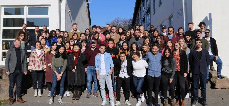 Neuer Rekord mit 62 Austauschstudierenden aus 15 Ländern