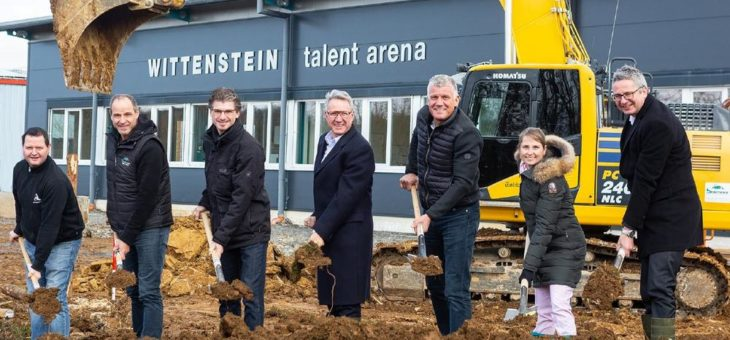 Spatenstich in Igersheim-Harthausen:  Erweiterung der WITTENSTEIN talent arena