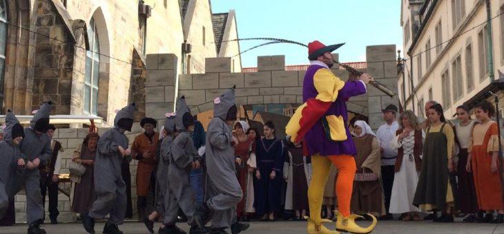 Bühne frei für märchenhafte Outdoor-Vorführungen
