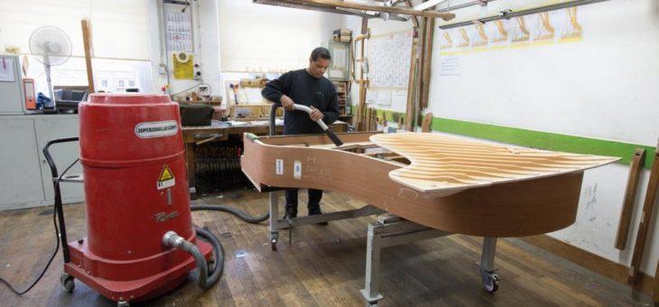 Handwerk auf allerhöchstem Niveau: Ruwac-Sauger  in der Klavierproduktion von Steinway & Sons