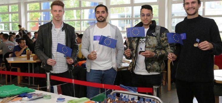 Studierende für Europa – Aktion des DAAD zum Europatag an der Hochschule Worms