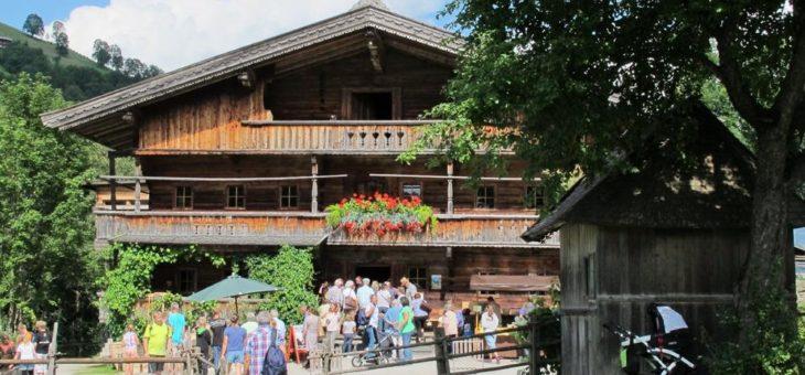 Handwerksmarkt im Bergbauernmuseum – die etwas andere Schauwerkstatt im Bauernhof z`Bach