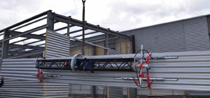 Intelligente Vakuumhebegeräte auf der Baustelle heben, fixieren und bewegen  Paneele, Glas, Holz- oder Metallplatten