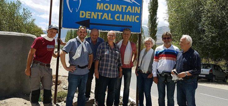 Messe Stuttgart unterstützt Benefizaktion für Zahnklinik