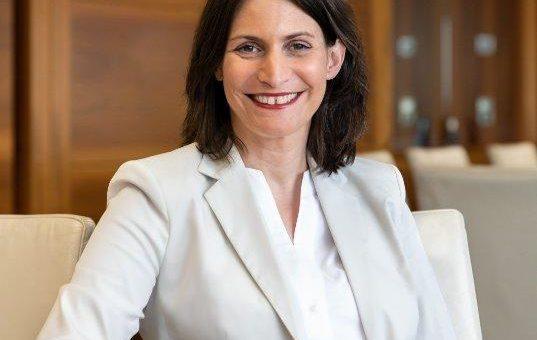 Software AG ernennt Dr. Elke Frank zum Personalvorstand