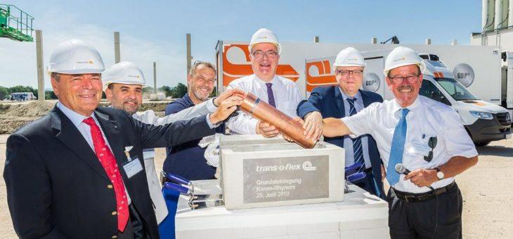 trans-o-flex legt Grundstein für Logistikstandort mit eigener Stromproduktion