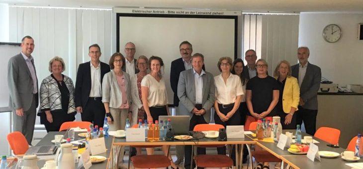 Hermann Imhof wird Vorsitzender des ELSI+ – Boards im Pflegepraxiszentrum Nürnberg