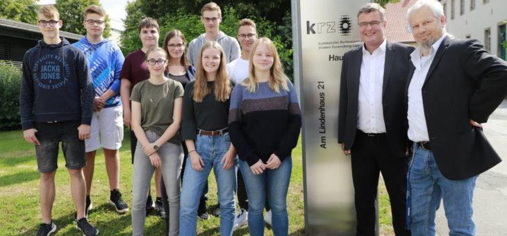 IT-Camp 2019: Lippische Schülerinnen und Schüler erleben 14 Tage IT in Theorie und Praxis