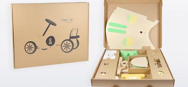 Effiziente Polsterverpackung: Wellpappe schützt Spielauto-Sets