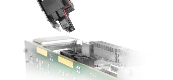 Weidmüller OMNIMATE® Power Steckverbinder mit integriertem, steckbarem Schirmblech – EMV-Schirmauflagen sicher kontaktieren – großflächige, dauerhafte und vibrationssichere Schirmanbindung – auch für Kunststoffgehäuse geeignet