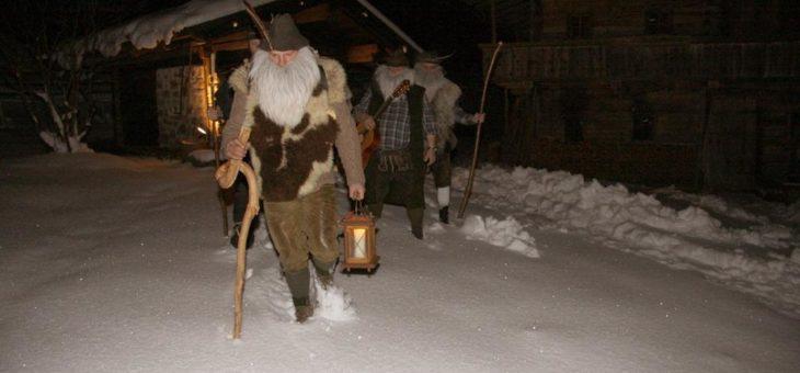 Anklöpfeln, Bergadvent, Adventsingen und Weihnachtskonzerte –  Das ist die Adventzeit in der Wildschönau…