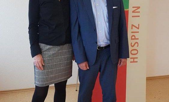 uniVersa unterstützt die Hospizarbeit in Koblenz mit 4.000 Euro