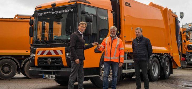 Renault Trucks übergibt D Access an die Stadt Lübeck