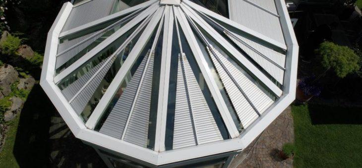 Wintergarten: wie ein Helm fürs Glasdach