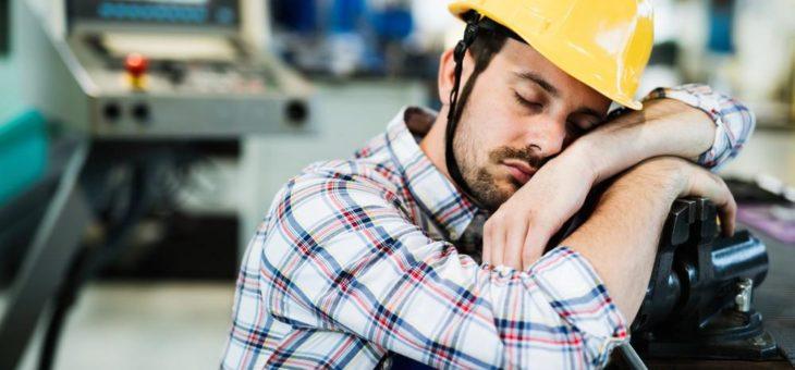Tipps bei Müdigkeit im Job