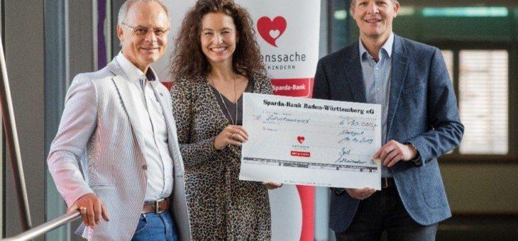 Spenden statt schenken: Ernst Granzow spendet 10.000 Euro für einen guten Zweck