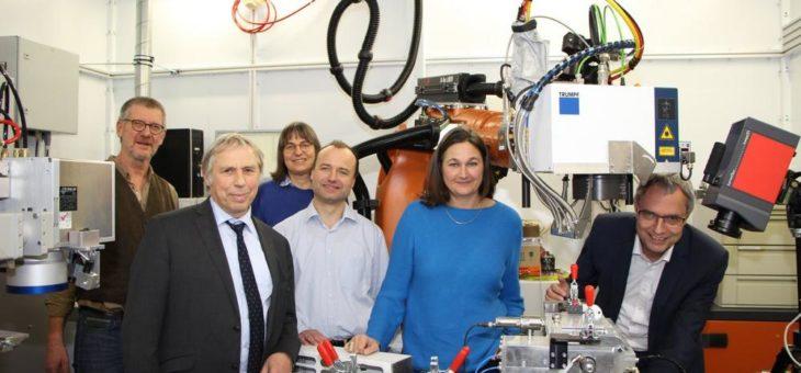Hochschule Aalen geht Bildungspartnerschaft mit Gymnasium Wertingen ein