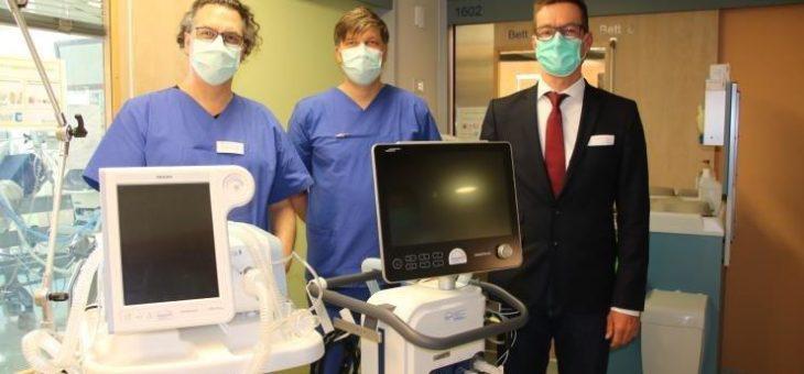 Verstärkt im Kampf gegen Corona – Zusätzliche Beatmungsgeräte und Schutzausrüstung für Lungenklinik Gauting
