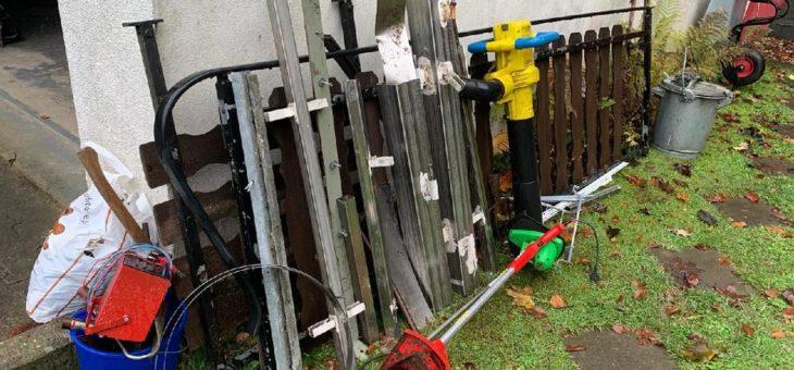 Fahrende Schrotthändler aus Bochum Sammeln meinen Schrott