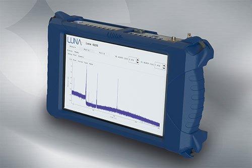 Mobiles ultra-hochauflösendes Reflektometer für Glasfaser-Netze