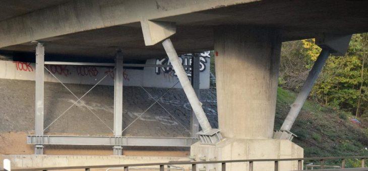 Brückenertüchtigung mit feuerverzinktem Stahl – Entlastungskonstruktion der Zubringer-Brücke A67/A3