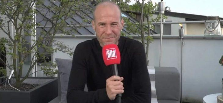 Mehmet Scholl wird Fußball-Experte bei BILD LIVE