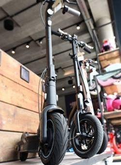 TÜV SÜD-Tipps für den Kauf eines sicheren E-Scooters